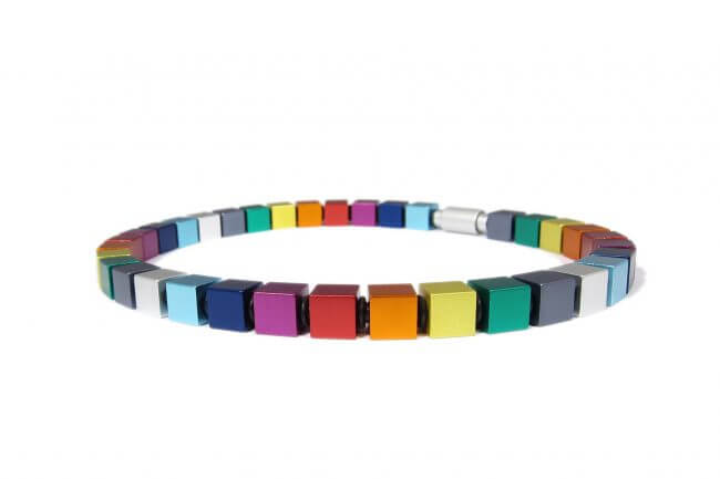 Apero anodized colourful aluminium necklace