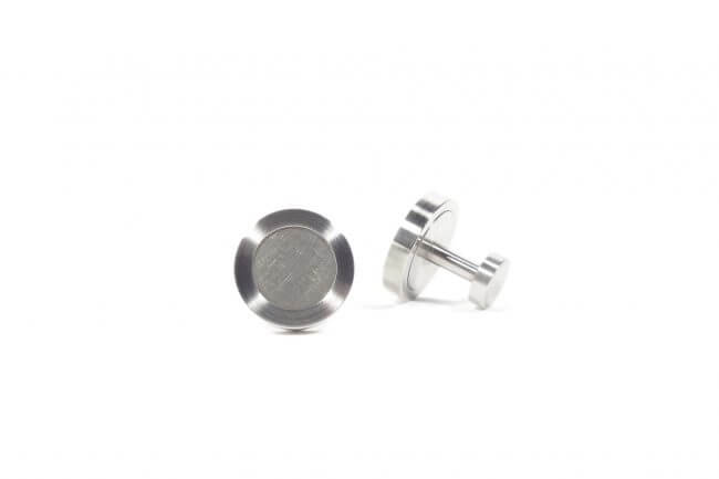 Stainless steel circle cufflinks with titanium center. M.9.004