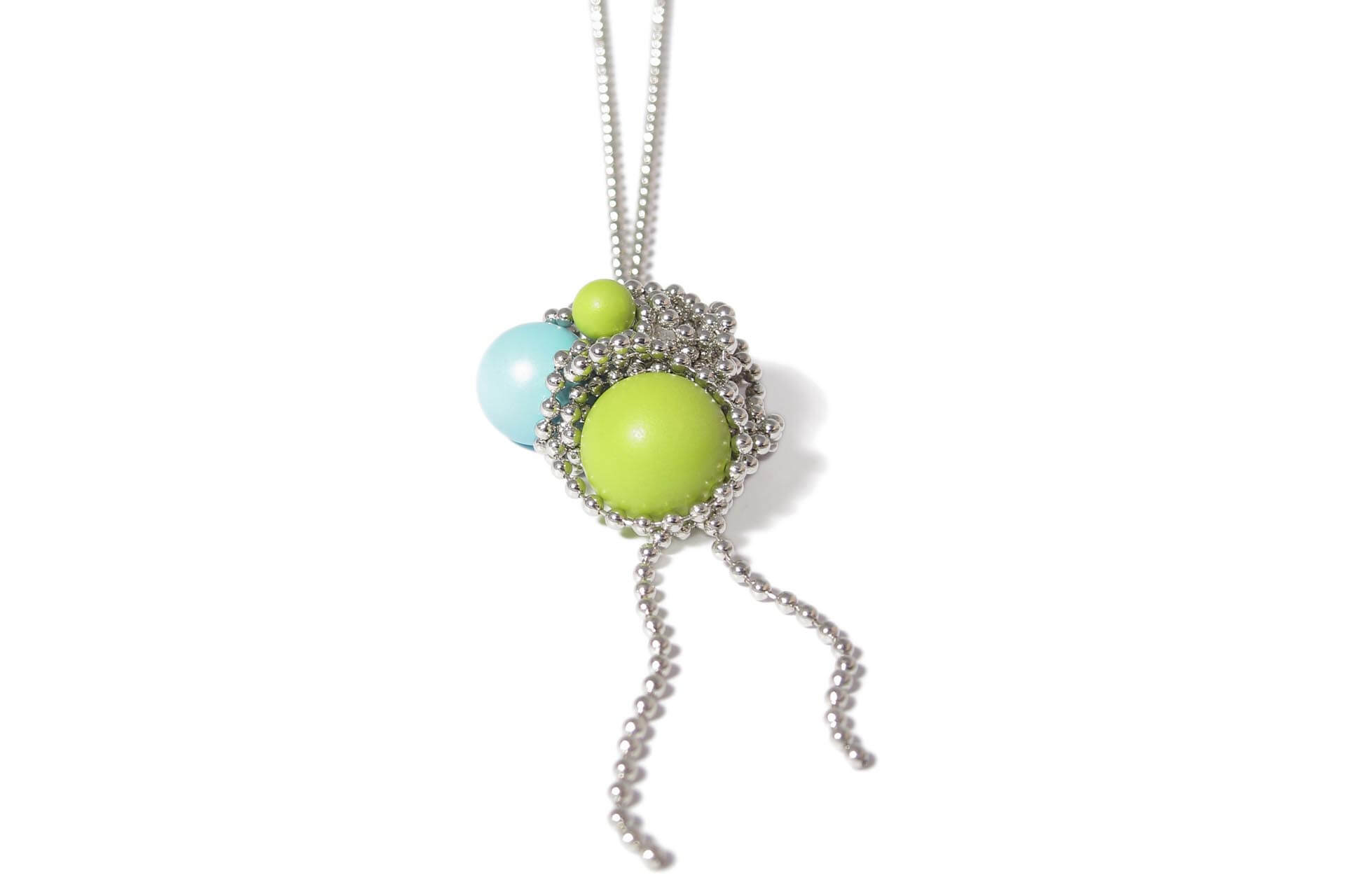 Iris Weyer magnetic necklace with colourful balls