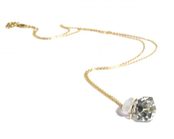 green amethyst and gold necklace